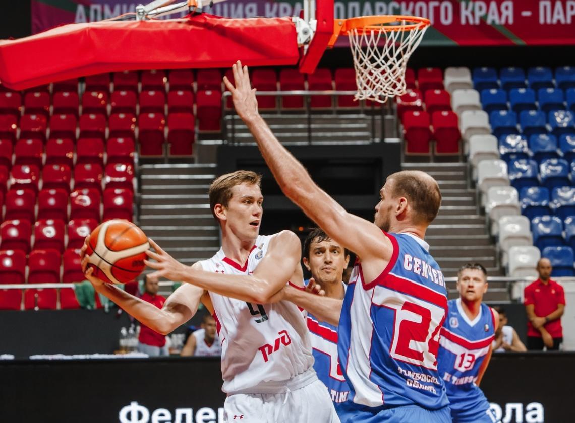 Четыре игрока молодежки «Локо» отправились в тренировочный лагерь сборной России