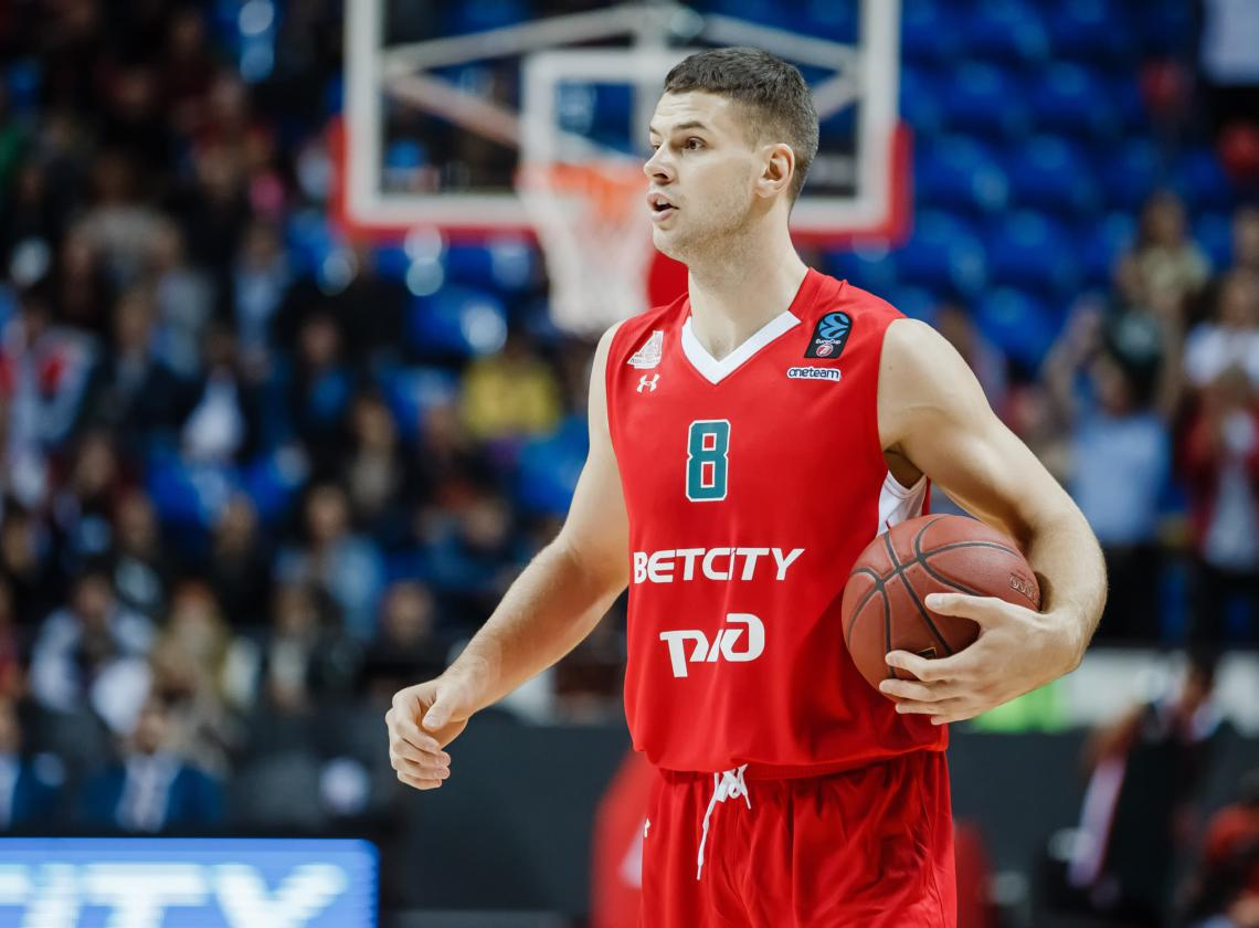 Dragan Apic will play the rest of the season in Burgos