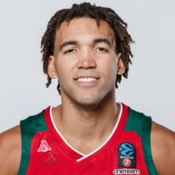 Reggie Lynch, center PBC Lokomotiv Kuban