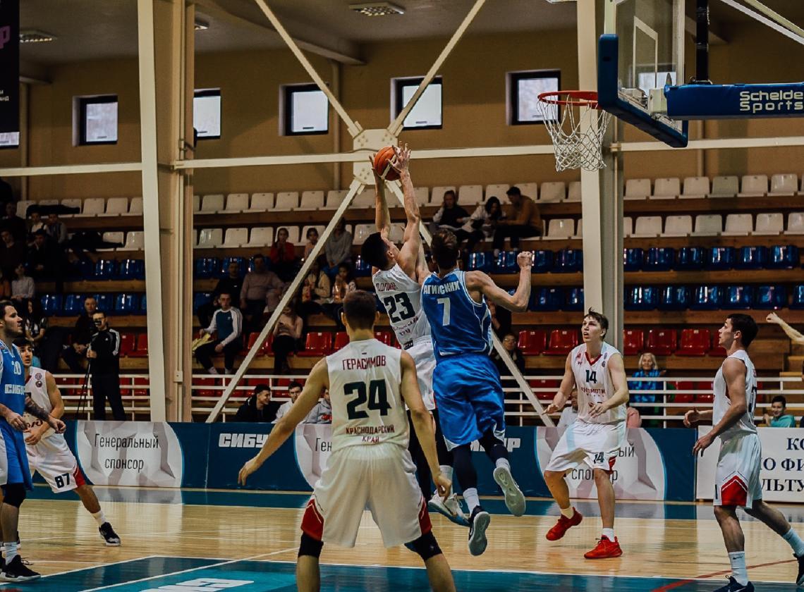 «Локо-ЦОП» выиграли один матч в Тобольске
